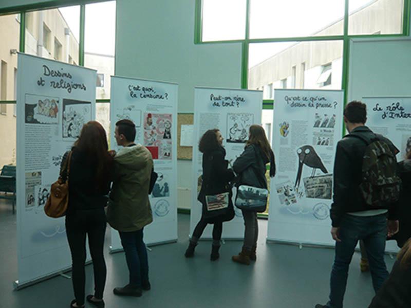 Dessins pour la paix cartooning for peace - Dessin sur la paix ...