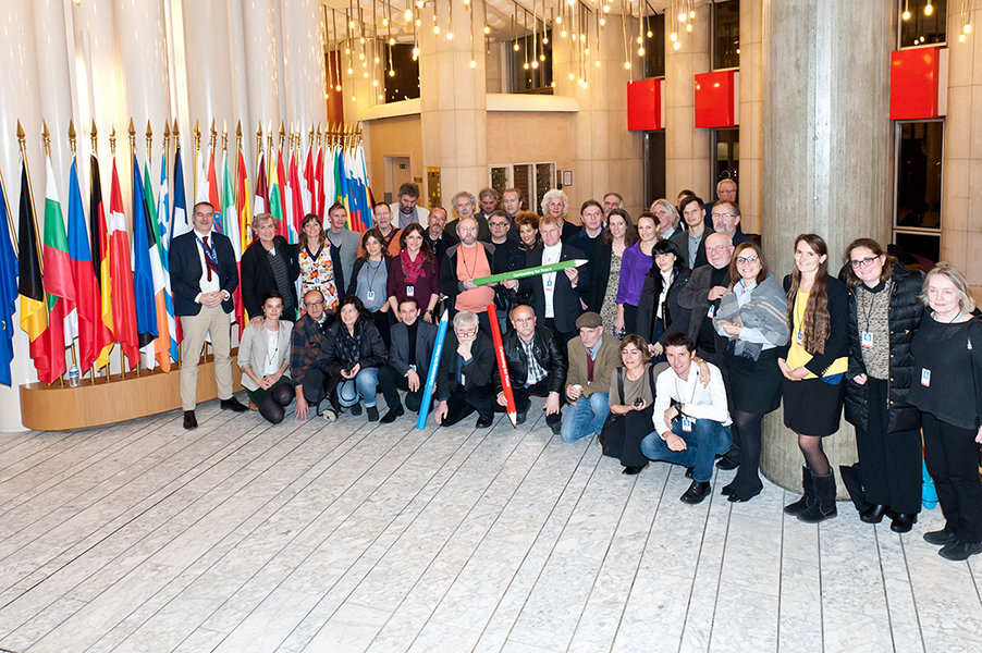 28 dessinateurs de presse européens pour les droits de l'Homme