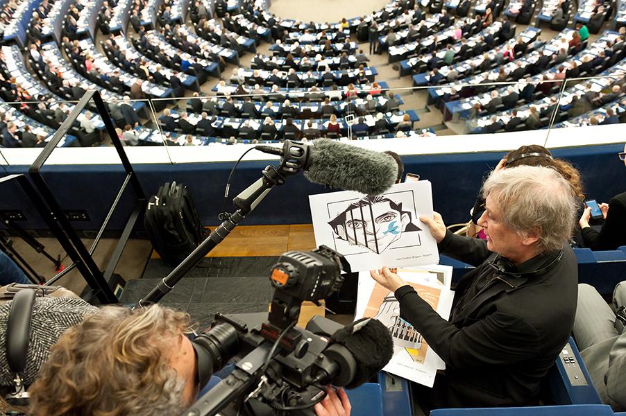 Dessins de soutien à Raif Badawi – Parlement européen, 16 décembre
