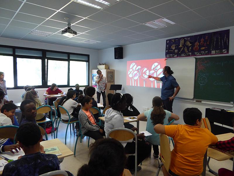 Nidhal (Tunisie) et RED! (France) au Collège Edgar Quinet de Marseille