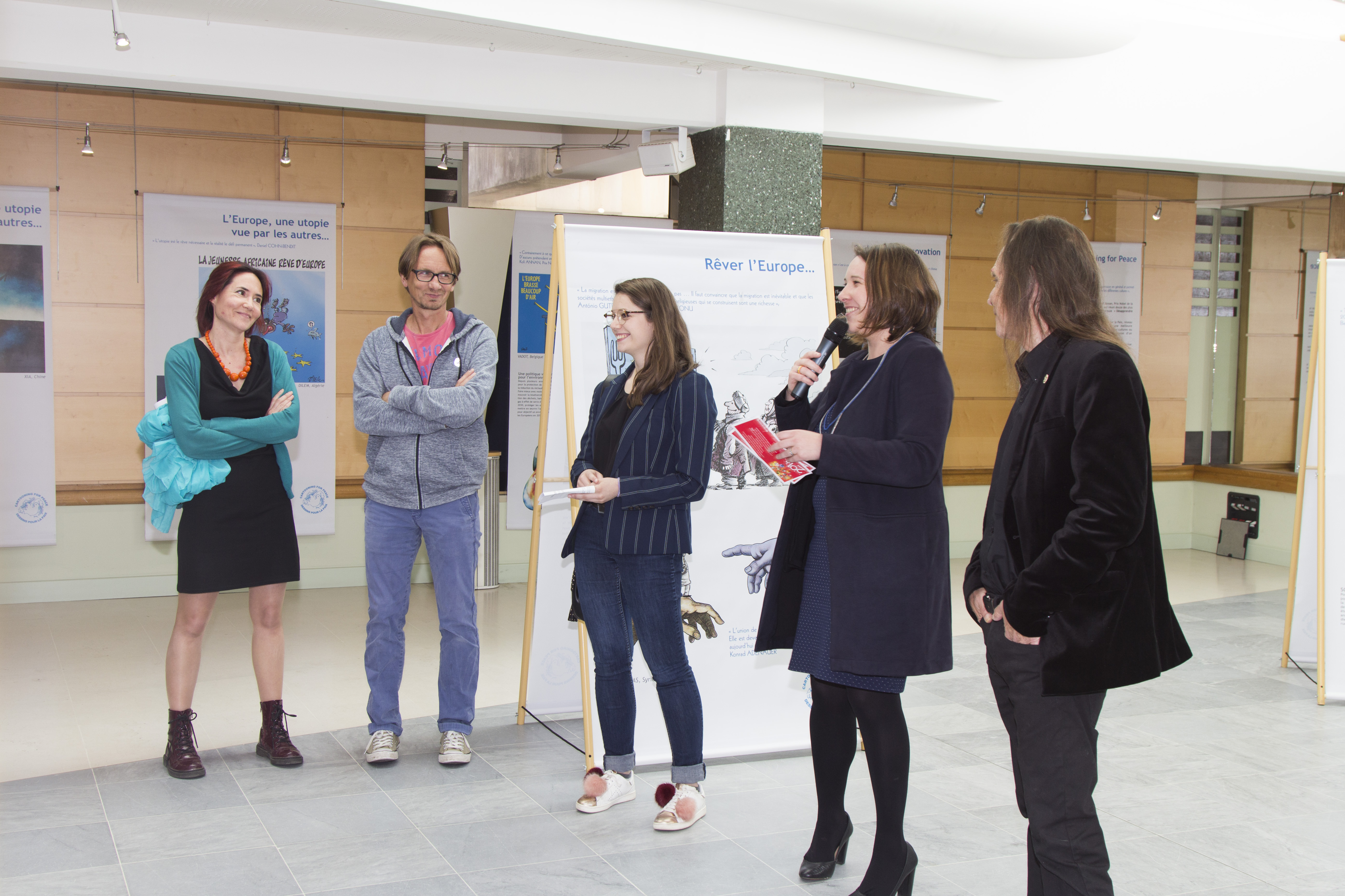Exhibition « Decoding the stars » at l'Hôtel du département de l'Allier, May 2018