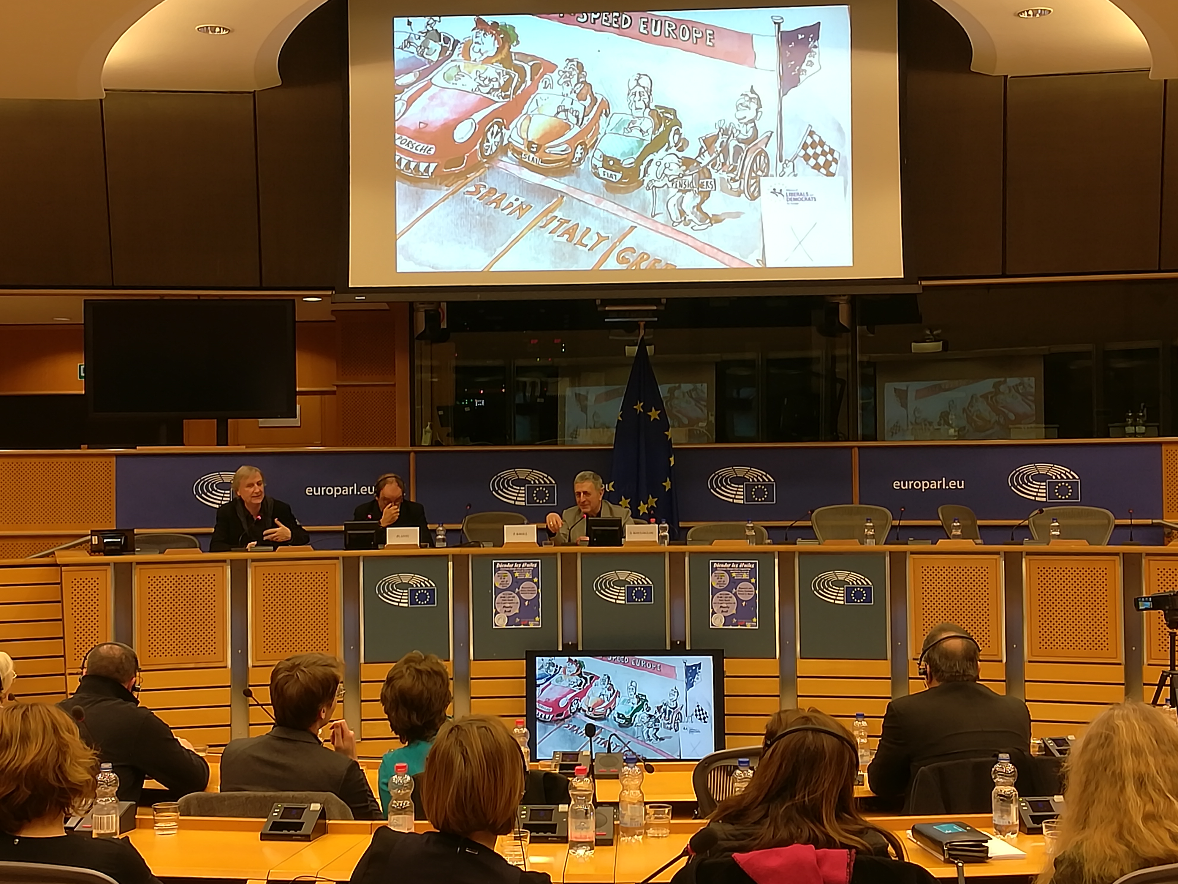 Panel discussion «Europe in crisis, seen by Plantu and Pierre Kroll»