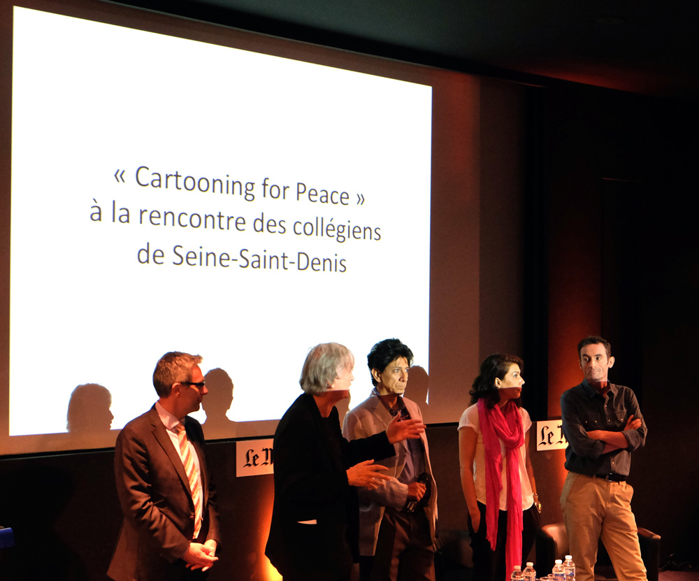 Conférence au Monde