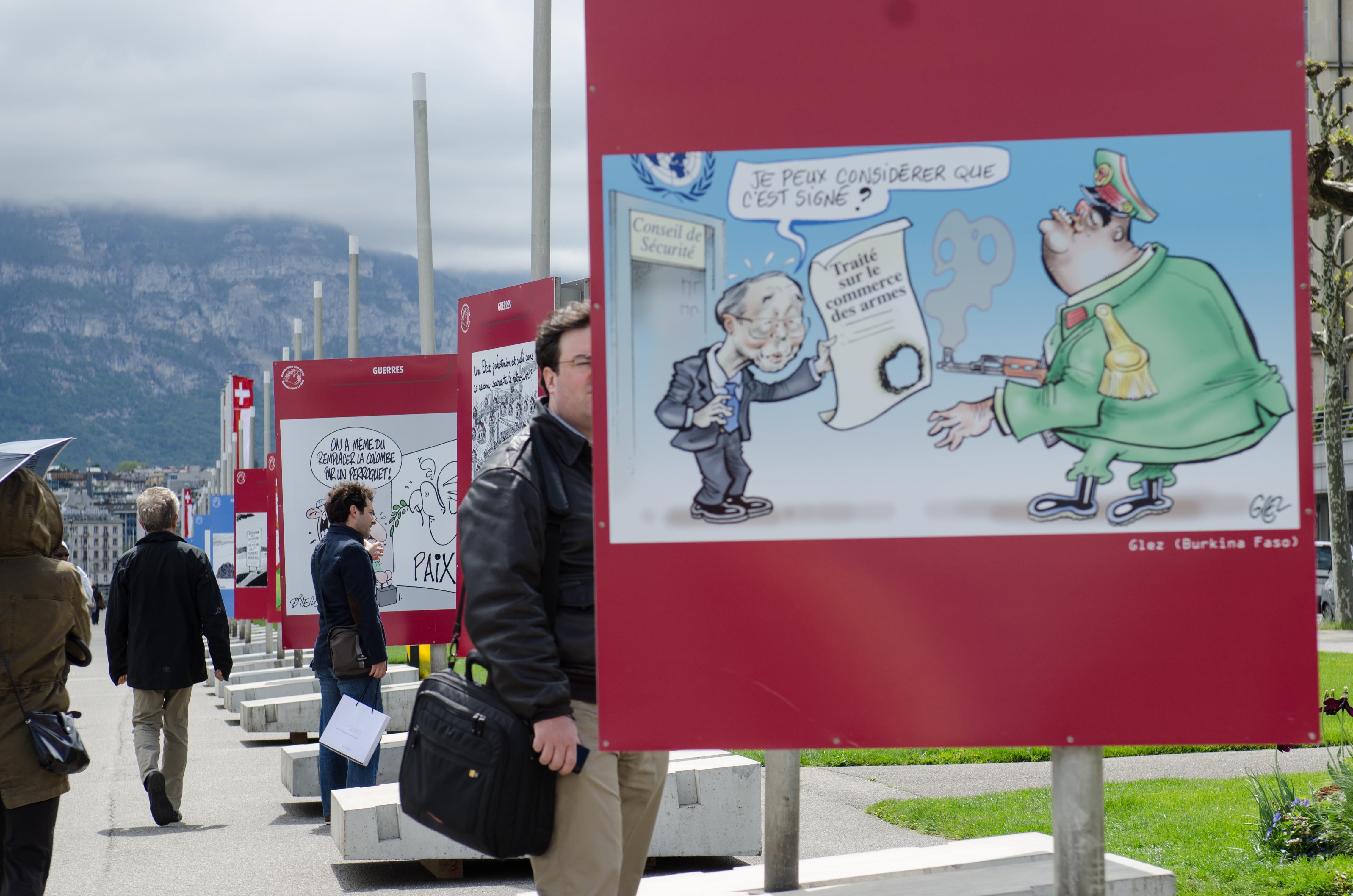 exhibition on Lake Léman banks in Geneva