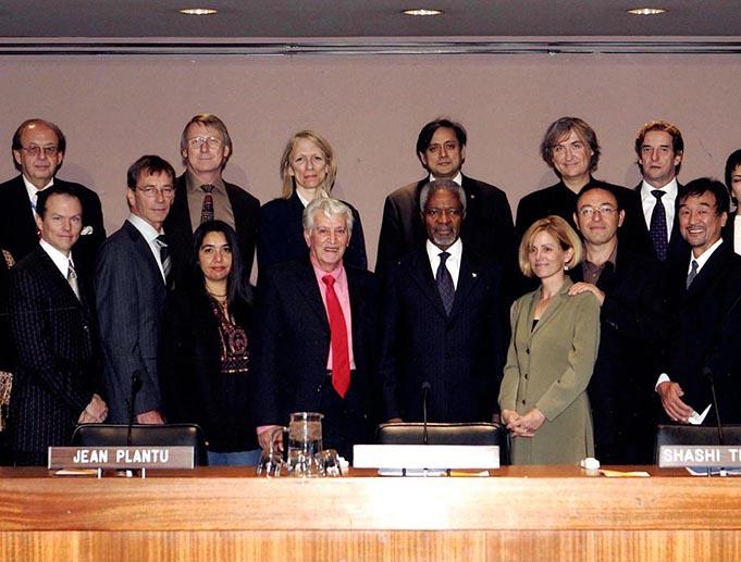 Les dessinateurs réunis au siège des Nations unies