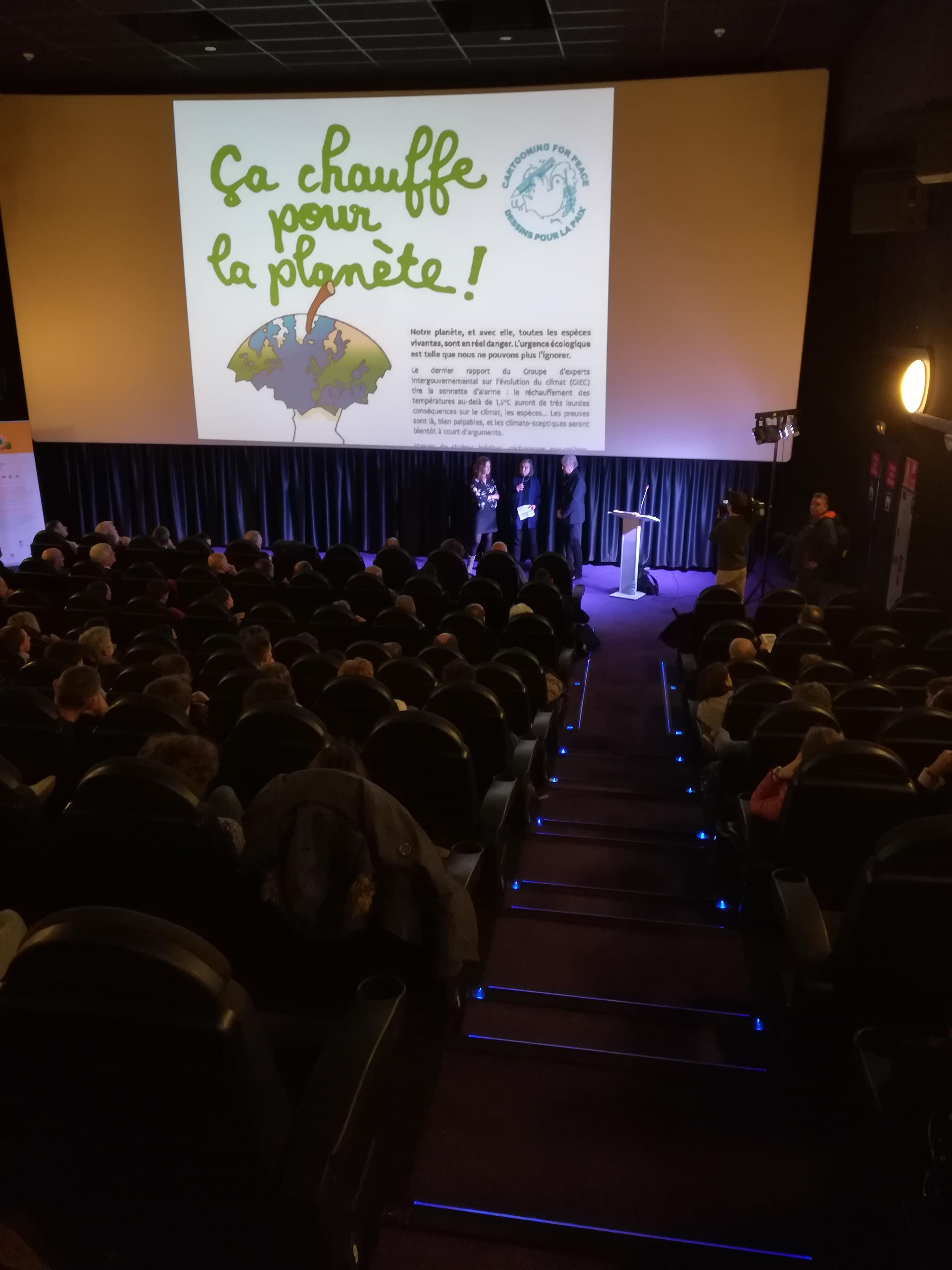 Conférence of Plantu at cinéma Illa Carlemany